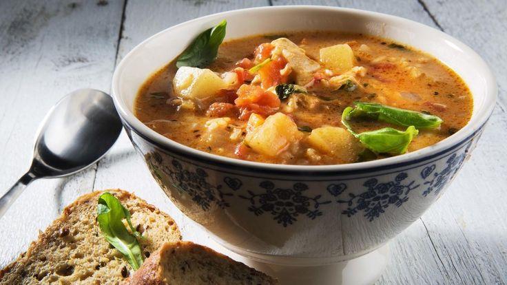 Unn deg en real suppe med karri og syrlige eplebiter. Passer ypperlig når du vil ha noe varmende med masse smak.