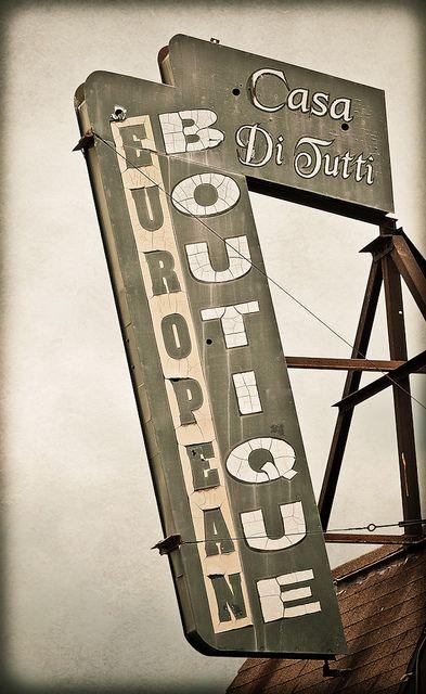 Casa Di Tutti European Boutique by Shakes The Clown, via Flickr