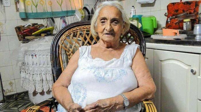 """Tiene 91 años, se cansó de tener la casa usurpada y fue a la comisaría con un arma: """"Si ellos no hacían nada, yo iba a hacer Justicia por…"""