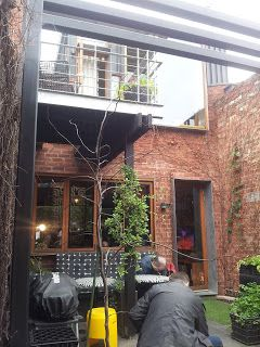 Incredible use of small space - Little Black Number http://jouljet.blogspot.com/2013/07/little-black-number-open-house-melbourne.html #Melbourne #OpenHouseMelbourne