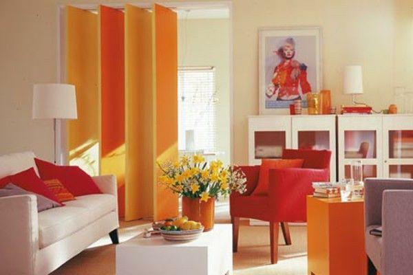 Warna Orange Ruang Keluarga