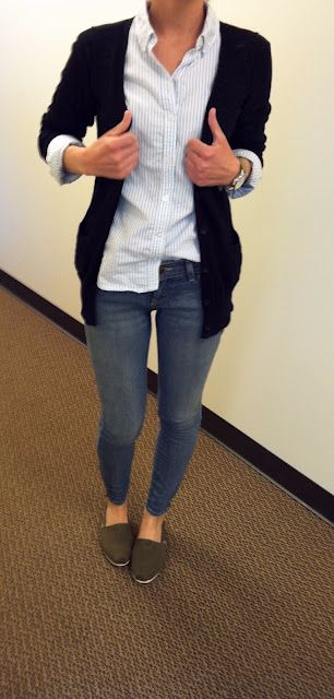 Cute... lots of good outfit ideas on the rest of the blog as well.