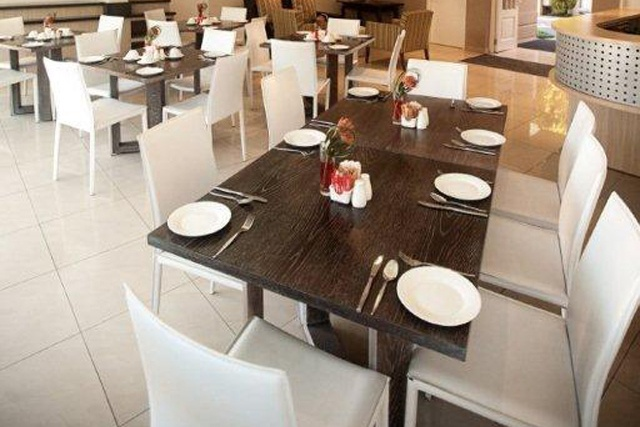 Esprit Dining.     http://www.eahs.co.za/establishments/esprit#