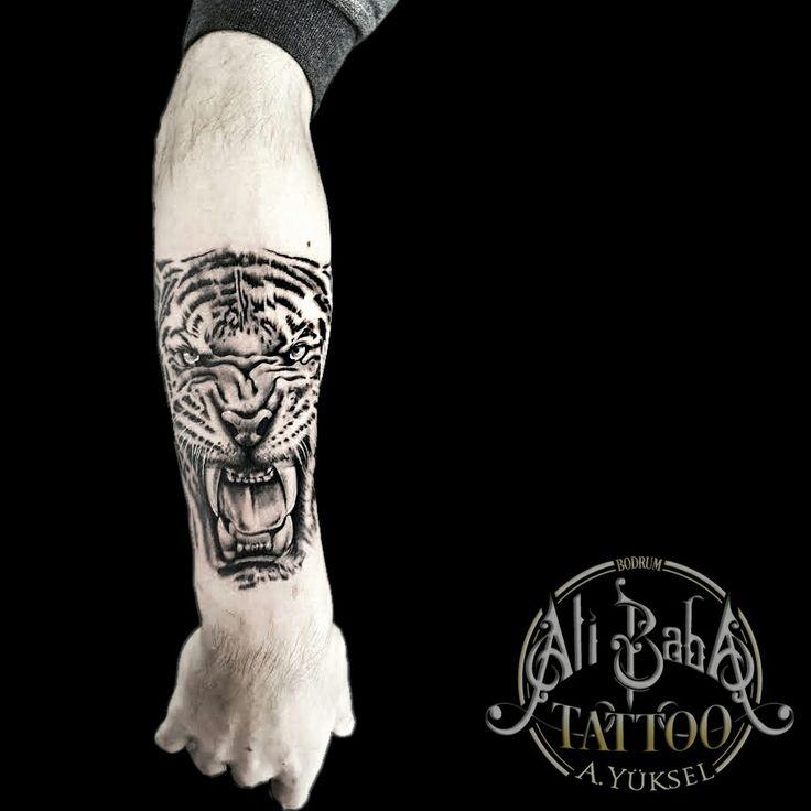 Bodrum dovme bodrum tattoo dövme kaplan dövmesi tiger tattoo arm tattoo ali baba tattoo ali yuksel mugla tattoo piercing body art ink