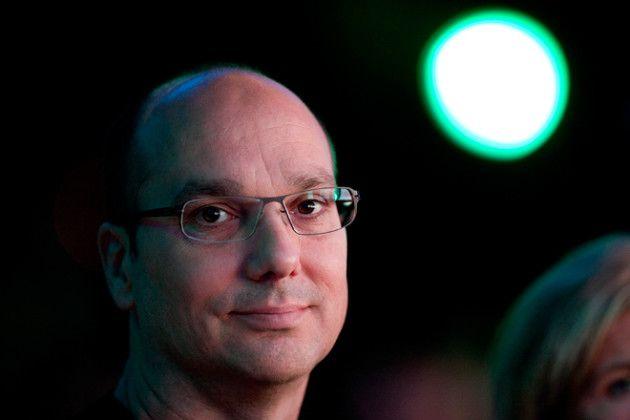 Essential : le smartphone modulaire d'Andy Rubin en fuite sur la toile - http://www.frandroid.com/produits-android/smartphone/405430_essential-le-smartphone-modulaire-dandy-rubin-en-fuite-sur-la-toile  #Hardware, #Processeurs(SoC), #ProduitsAndroid, #Smartphones