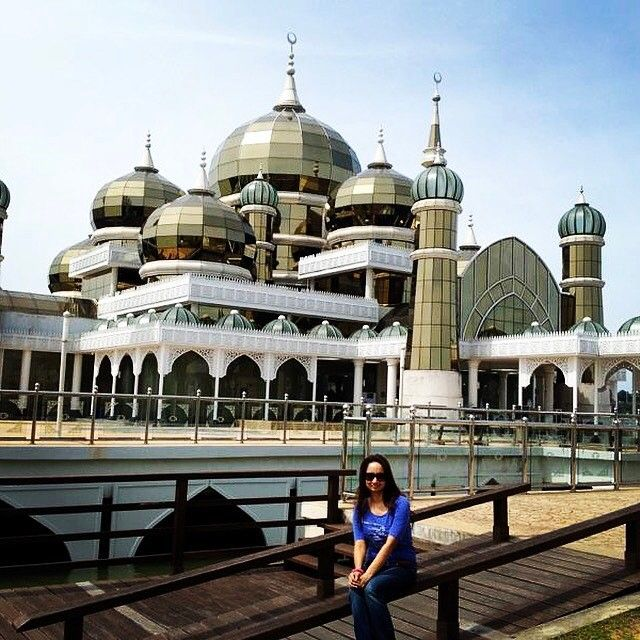 Worlds one of the most beautiful mosques #krystalmosque #kualaterengganu #Malaysia #travel #traveling #vacation #visiting #instatravel #instago #instagood #trip #holiday #photooftheday #fun #travelling #tourism #tourist #instapassport #instatraveling #mytravelgram #travelgram #travelingram by (vipra.dk). krystalmosque #malaysia #tourism #mytravelgram #instago #instagood #travelgram #travelling #instatravel #traveling #kualaterengganu #fun #travelingram #tourist #travel #visiting #trip…