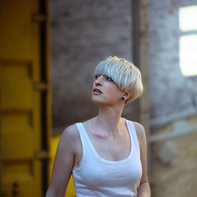 What is it about heavy blonde bowl cuts that makes it the ultimate rocked-out summer look.