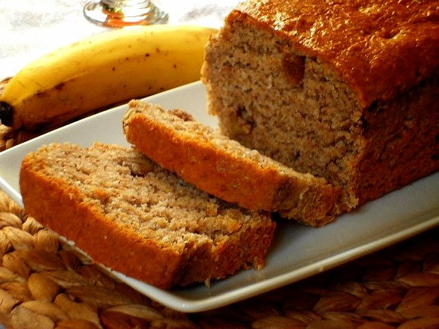 Banana bread con noci e uvetta ( E SEMI DI LINO TRITATI)