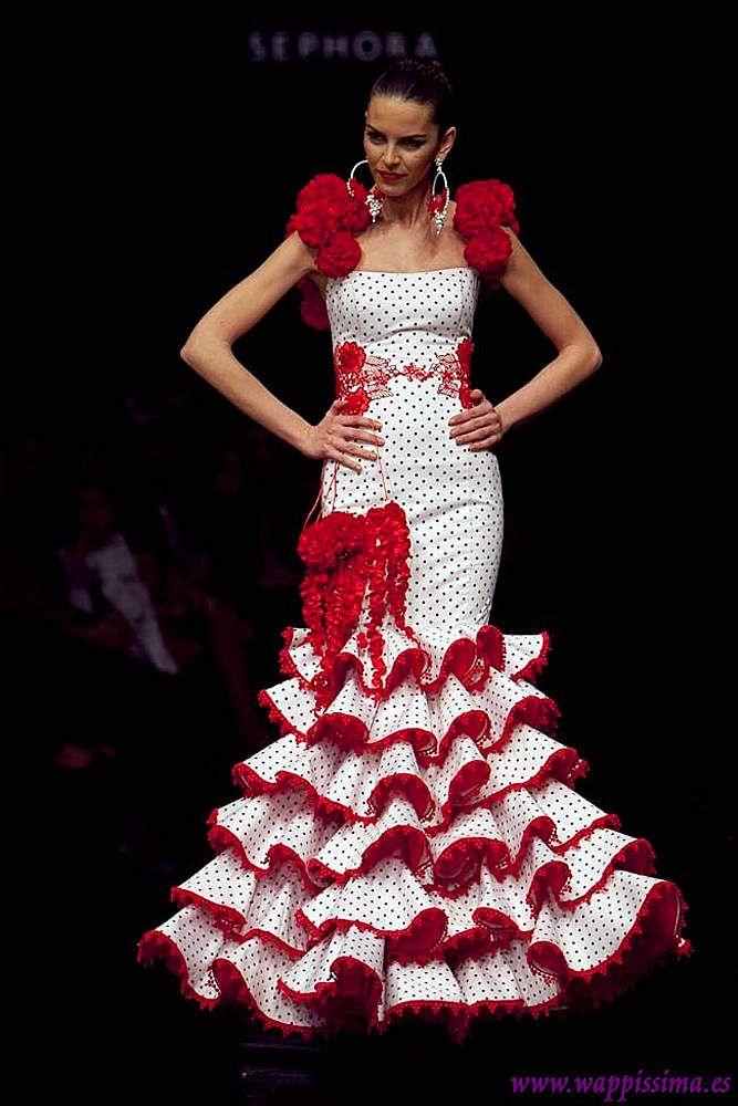 MODA FLAMENCA 3 - Colección de trajes de flamenca 2015 - Manuela Macías  /  MODA FLAMENCA 14 -Wappíssima - Simof 2011 - Cañavate - Colección Whatever Lola Wants