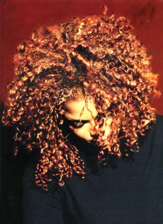 Janet Jackson & Q-Tip http://www.vogue.fr/culture/a-ecouter/diaporama/la-playlist-de-l-ete-de-mahaut-mondino/19788/image/1039660#!la-playlist-de-l-039-ete-de-mahaut-mondino-janet-jackson-amp-q-tip-got-till-it-039-s-gone