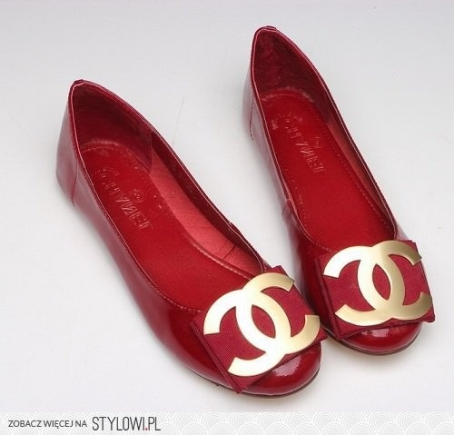 Love these Chanel shoes.