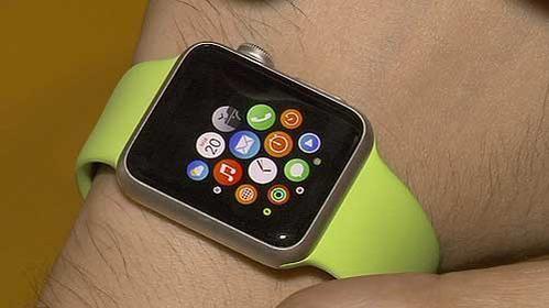 120 minutos con el Apple Watch: Así es el reloj inteligente de Apple que ya está en Chile http://lt.cl/NjfFt