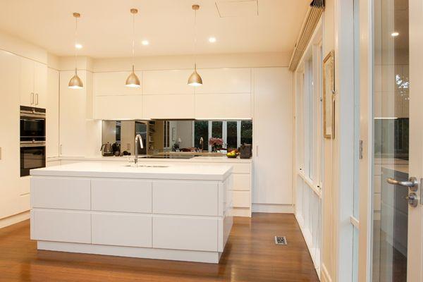 Perini Kitchens & Bathrooms - Glen Iris Kitchen Renovation Click for more information!