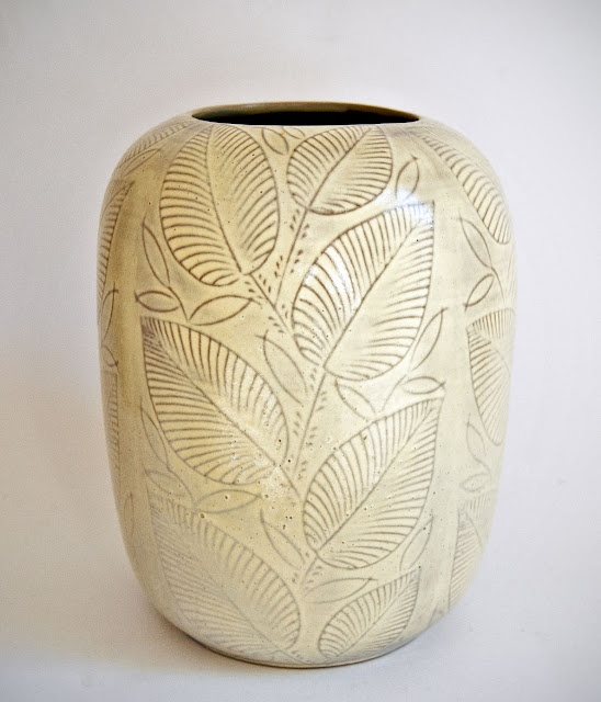 """Nils Thorsson - Very Rare WW2 Copenhagen Vase - Sgraffito vase from a small series of vases from 1943/44, named """"Løvspring"""""""