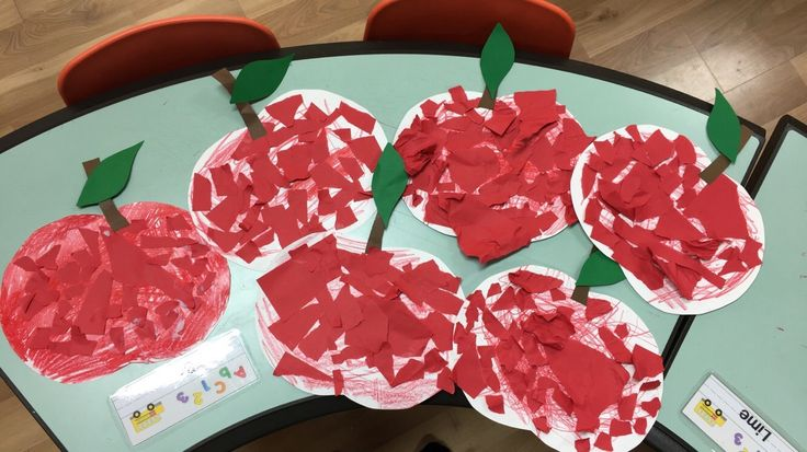 "Another simple yet fun Apple themed craft for the little ones! Perfect for ""Back to School"" or ""Healthy food"" themed projects!      This is easy peasy! Just c…"