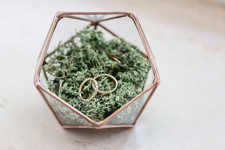 Vintage geometric wedding ring box – it's so beautiful, made of glass and copper