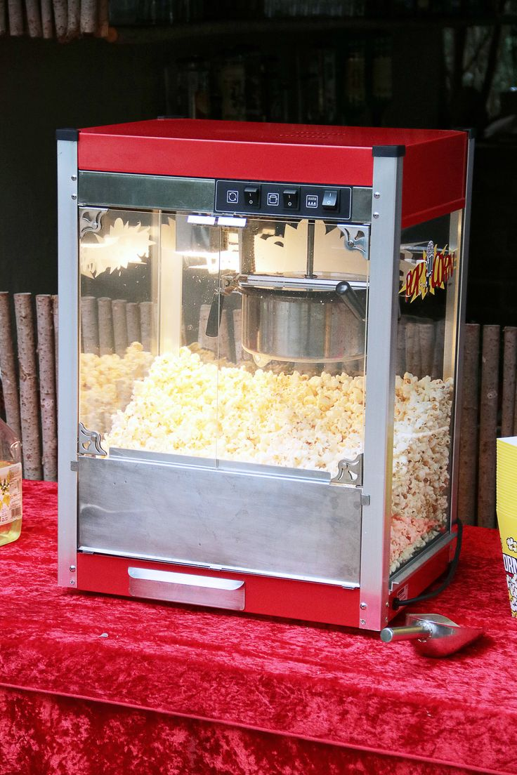 https://flic.kr/p/HgEWxt | FA (74) | Popcorn machine, what is a carnival without popcorn?