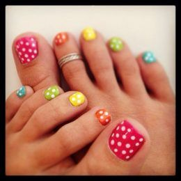 cute Colorful-Polka-Dot-Nails for summer