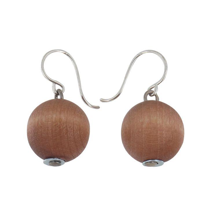 Aarikka - Earrings : Karpalo earrings. This clean-lined classic jewellery is naturally fresh and represents timeless Aarikka design. Karpalo's range of colours varies each season. Designer: Kaija Aarikka.