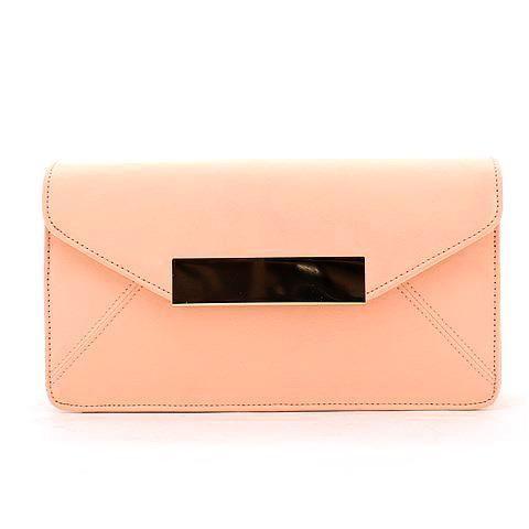 WANDERLUST clutch in peach. #mybetsonBetts #BettsRaceDayReady #BettsShoes