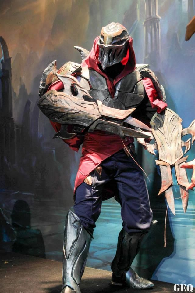 Epic Zed cosplay from League of Legends by Swansel - Art and Cosplay's Boyfriend. Photo by GEQ Photography