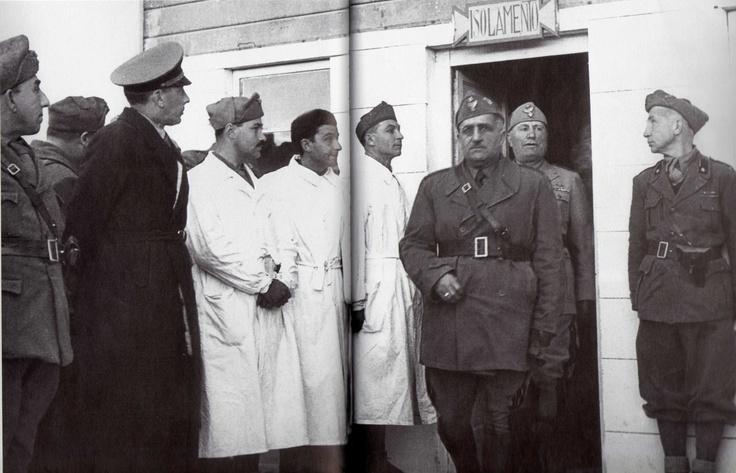 Benito Mussolini  Africa settentrionale luglio 1942