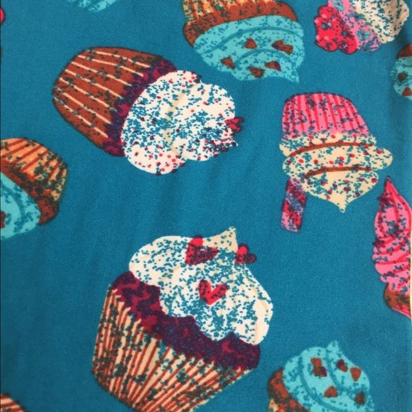 Lularoe cupcake leggings NWOT buttery soft, super confectionarily sweet leggings that are one size fits most land truly fit 2-12/14. These are gym-tested bend-over approved!! LuLaRoe Pants Leggings