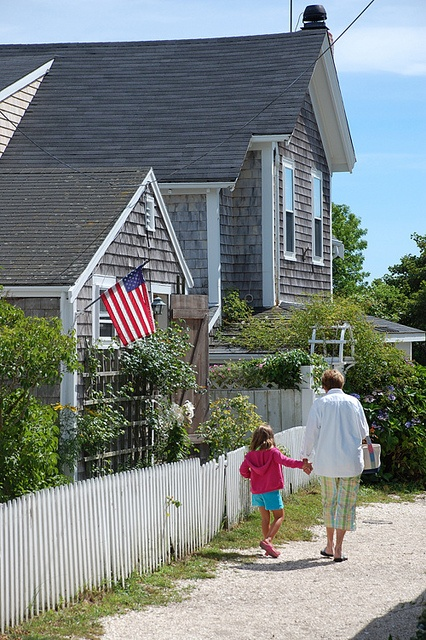 112 best images about shake shake shake on pinterest for Nantucket shingles