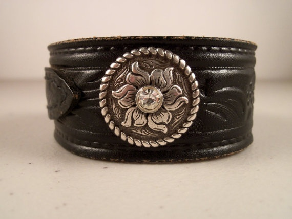 32 best images about get a belt on pinterest Repurposed leather belts