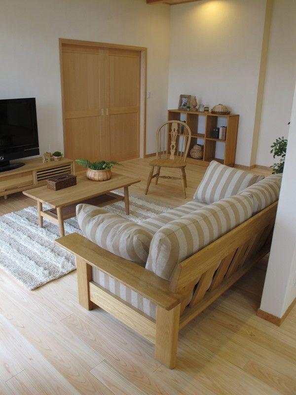 無垢材を贅沢に使用したリビングダイニング空間にナチュラルカントリー風のコーディネート提案! の画像|家具なび ~きっと家具から始まる家づくり~