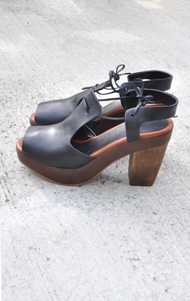 Rachel Comey: Wood Sandals, Rachel Comey, Rachelcomey, Clogs Wooden Style, Clogs Shoes, Wooden Wedges, Clogs Wood Heels, Coral Sandals, Black Wedges