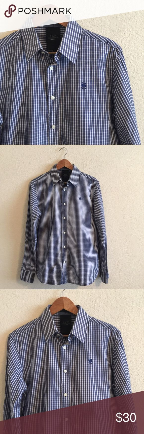 G-STAR Raw men's striped Dress shirt M G star Raw 3301 men's CorrectLine Dress shirt .  Size: Medium.  In excellent condition! If you have any questions feel free to ask! G-Star Shirts Dress Shirts