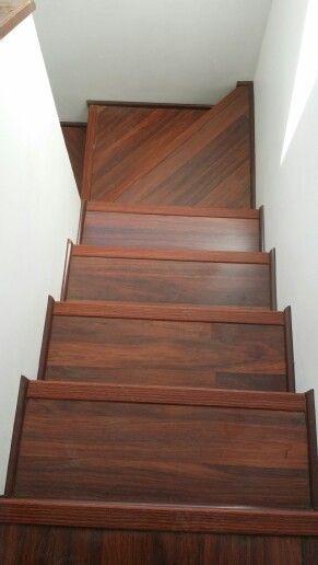 Piso flotante en escalera...!!