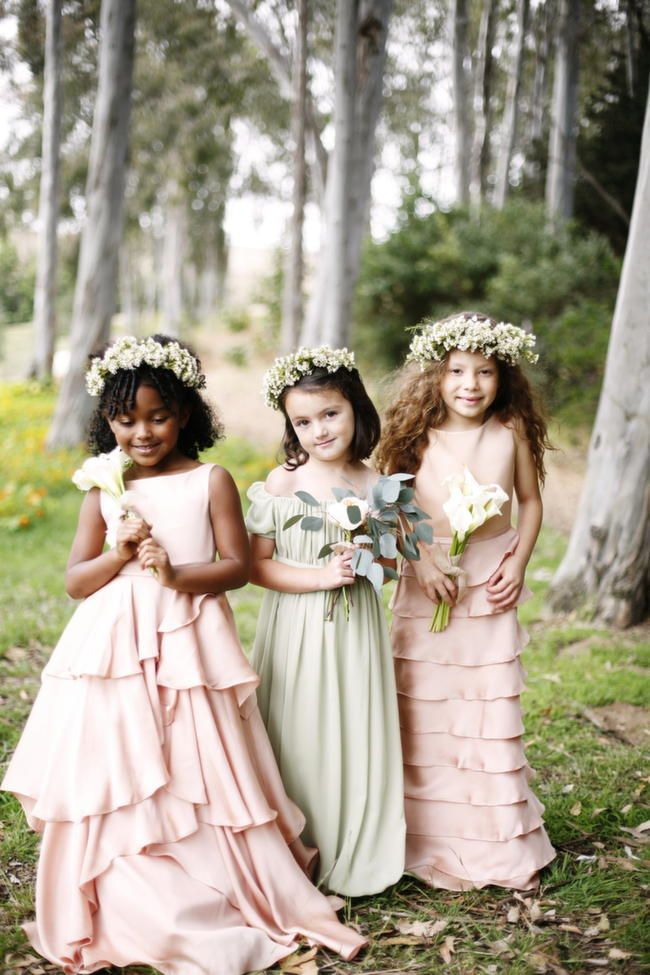 Lythwood loves these pretty flower girl dresses. So pretty! <3 #lythwood #weddings #flowergirls www.lythwoodweddings.co.za