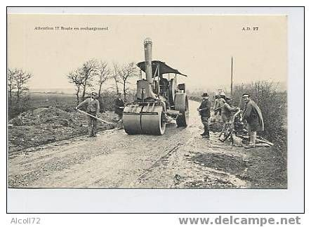 Attention Route en rechargement - AD 27 : rouleau compresseur avec cantonier -édit. Dubosq Commes Calvados - Delcampe.net