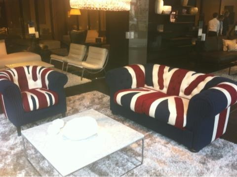 69 best upholstered furniture style comfort images on for Furniture tottenham court road