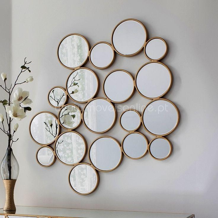 Consulte o nosso Catálogo de Espelhos Modernos. http://www.moveisonline.pt/espelhos_modernos/cat235.html