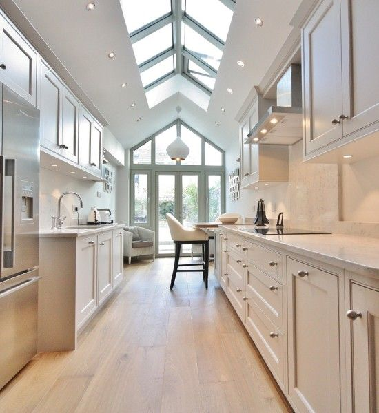 25 Captivating Ideas For Kitchens With Skylights: The 25+ Best Long Narrow Kitchen Ideas On Pinterest