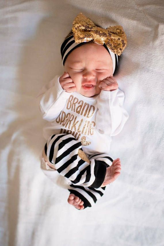 195053a15 Baby girl coming home outfit