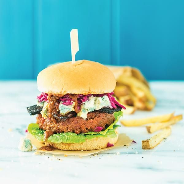 9 Vegan Recipes Even Meat Eaters Will Love: BBQ Bacon Burgers http://www.prevention.com/food/healthy-recipes/vegan-recipes-taste-meat?s=1