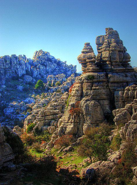 El Torcal de Antequera es un Paraje Natural de 1.171 hectáreas, situado en el término municipal de Antequera, en la provincia de Málaga de la carretera A-45 en Andalucía (España) y se lo conoce por las caprichosas formas que los diversos agentes erosivos han ido modelando en sus rocas calizas, constituyendo un destacado ejemplo de paisaje kárstico  Angie
