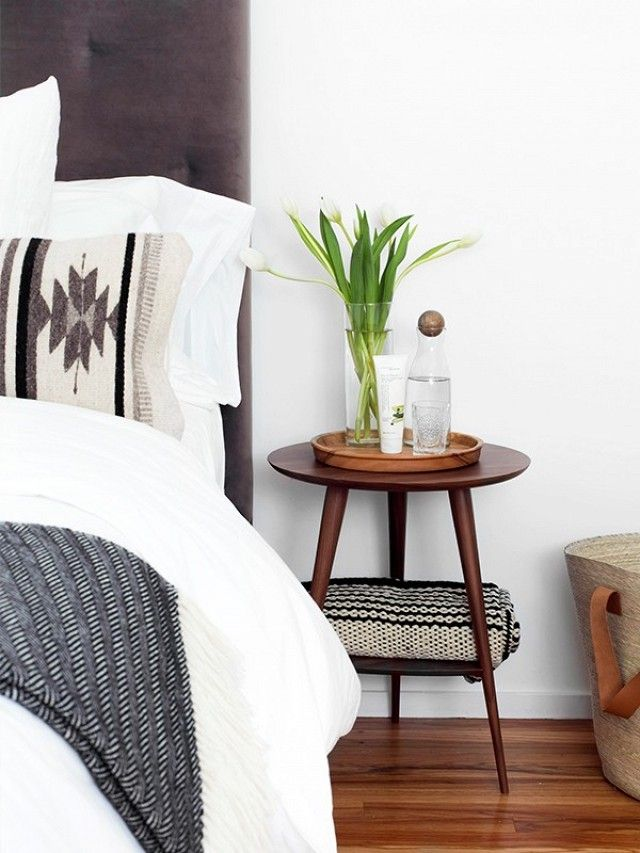 5 Ways to Spruce Up Your Guest Room for the Holidays