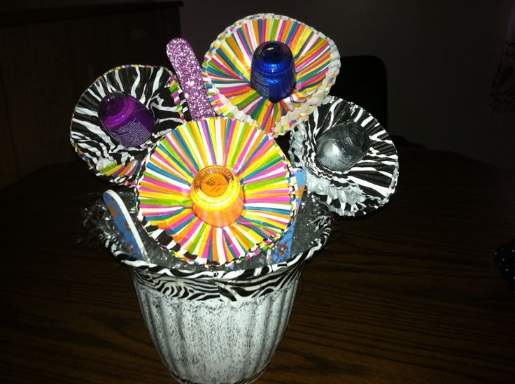 Manicure Bouquet awesome #gift idea for teenage girl