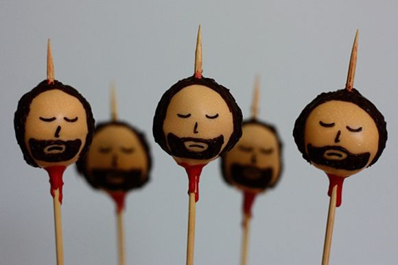 Ready for the Games of Thrones viewing party? Ned Stark cake pops!
