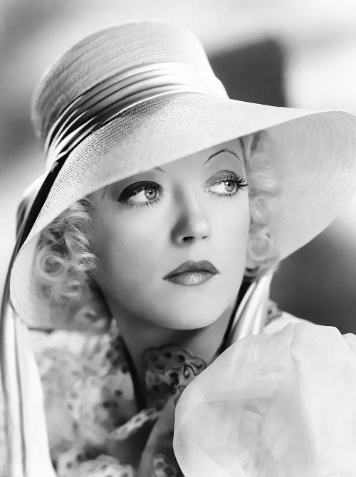 Marion Davies, 1936