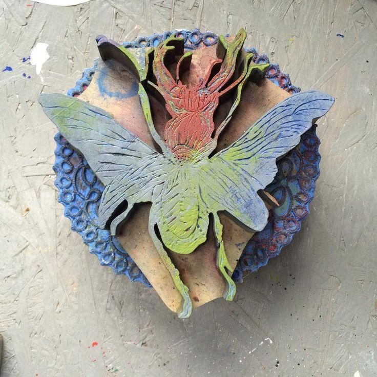 We sculpt our stemps in wood :). #bug #stemp #stemp #stamping #handmade #workspace #wood #inspiration #powoli #village #art
