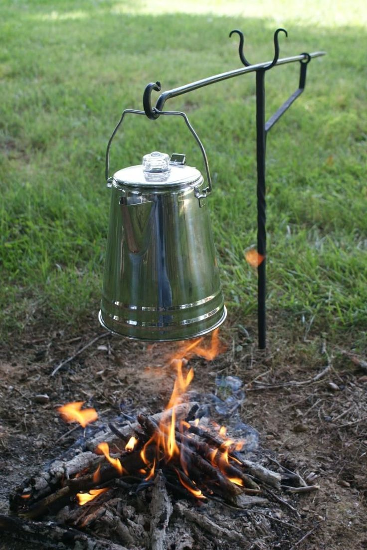 stand alone camp cooker - I can see several ways to do this one... Hmm #campingtools