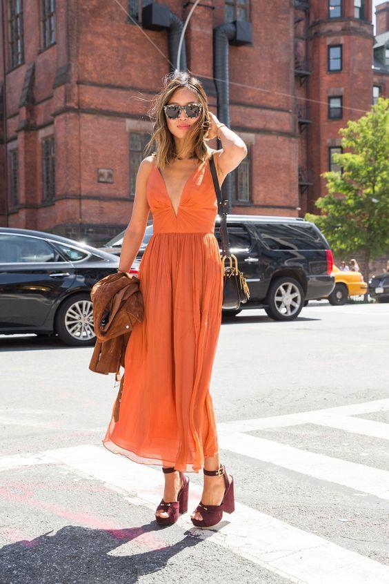 Fashion bloggers love orange dress.  #fashion #blogger #fashionblogger #orange #dress #long #summer #outfit #ideas #style