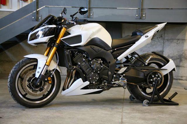 Yamaha FZ8 Hypermodified by Lazareth