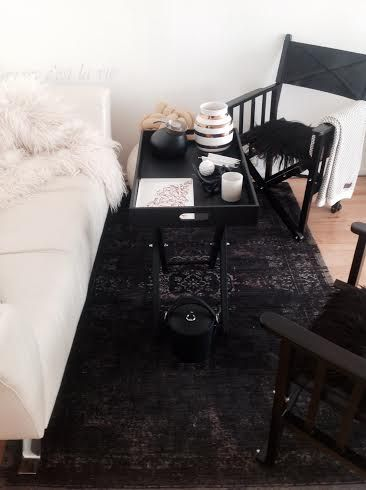 Directors Chair - shop eksklusive skindmøbler online hos House of Bæk & Kvist - www.houseofbk.com Eksklusiv sort instruktørstol med sæde og ryg og i sort buffalo læder fra Cofur #exclusive #black #buffalo #leather #furniture #caarpet #blackmineral #cofur #houseofbk